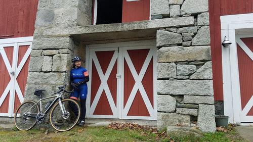 jen duby sporting the  bikekitz custom kit  by pactimo