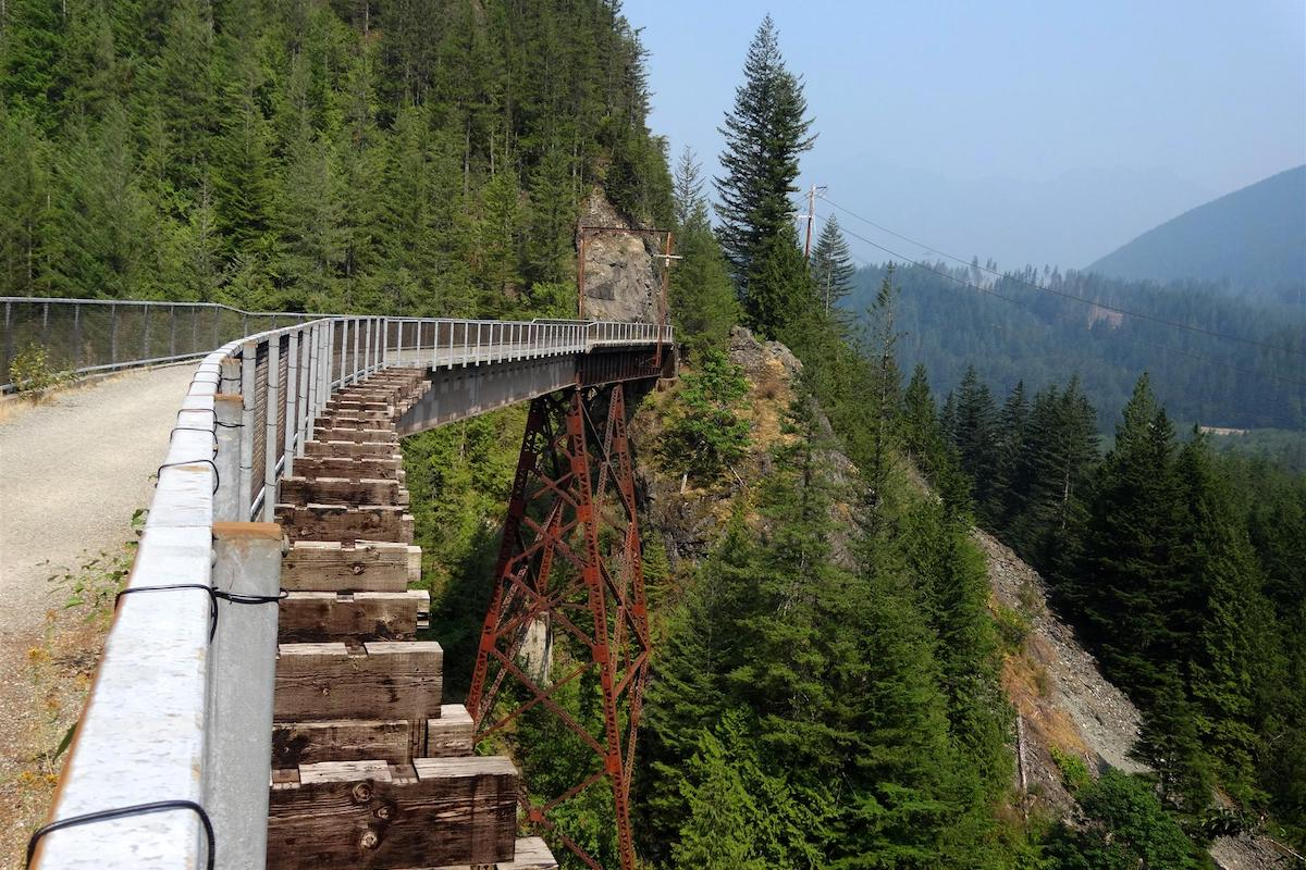 Palouse to Cascades State Park Trail. Photo by Gary Toriello courtesy of Rails-to-Trails Conservancy.