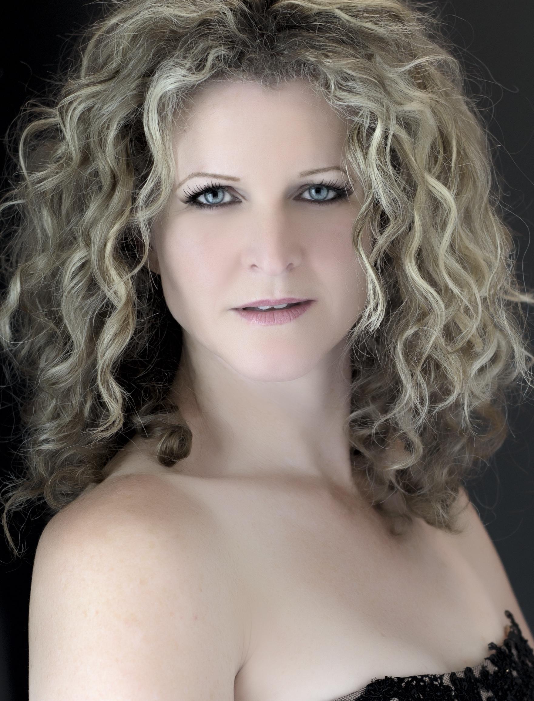 Barbara King.jpg