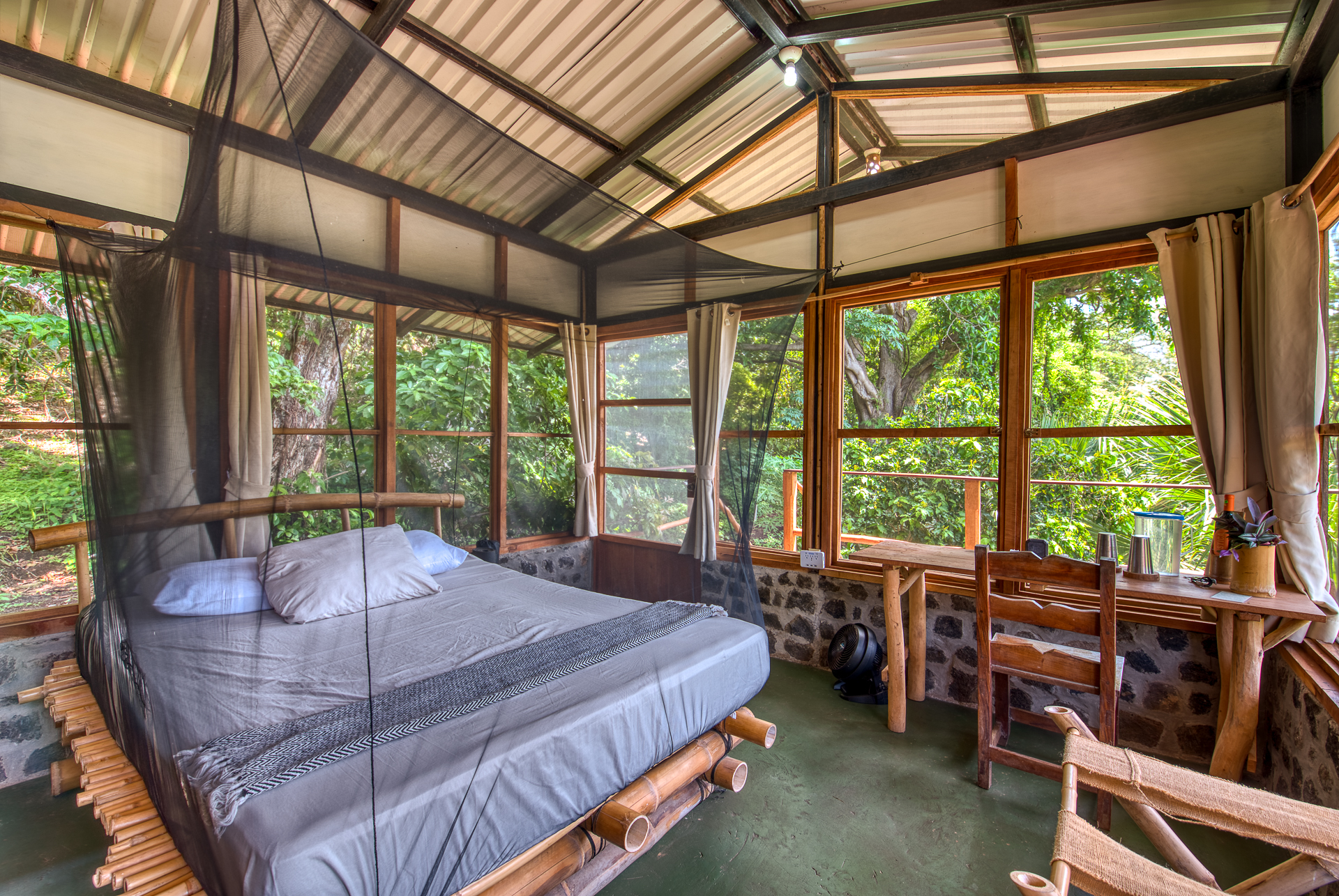 casa chilamate Selvista guesthouse collection jungle cabin volcano maderas ometepe