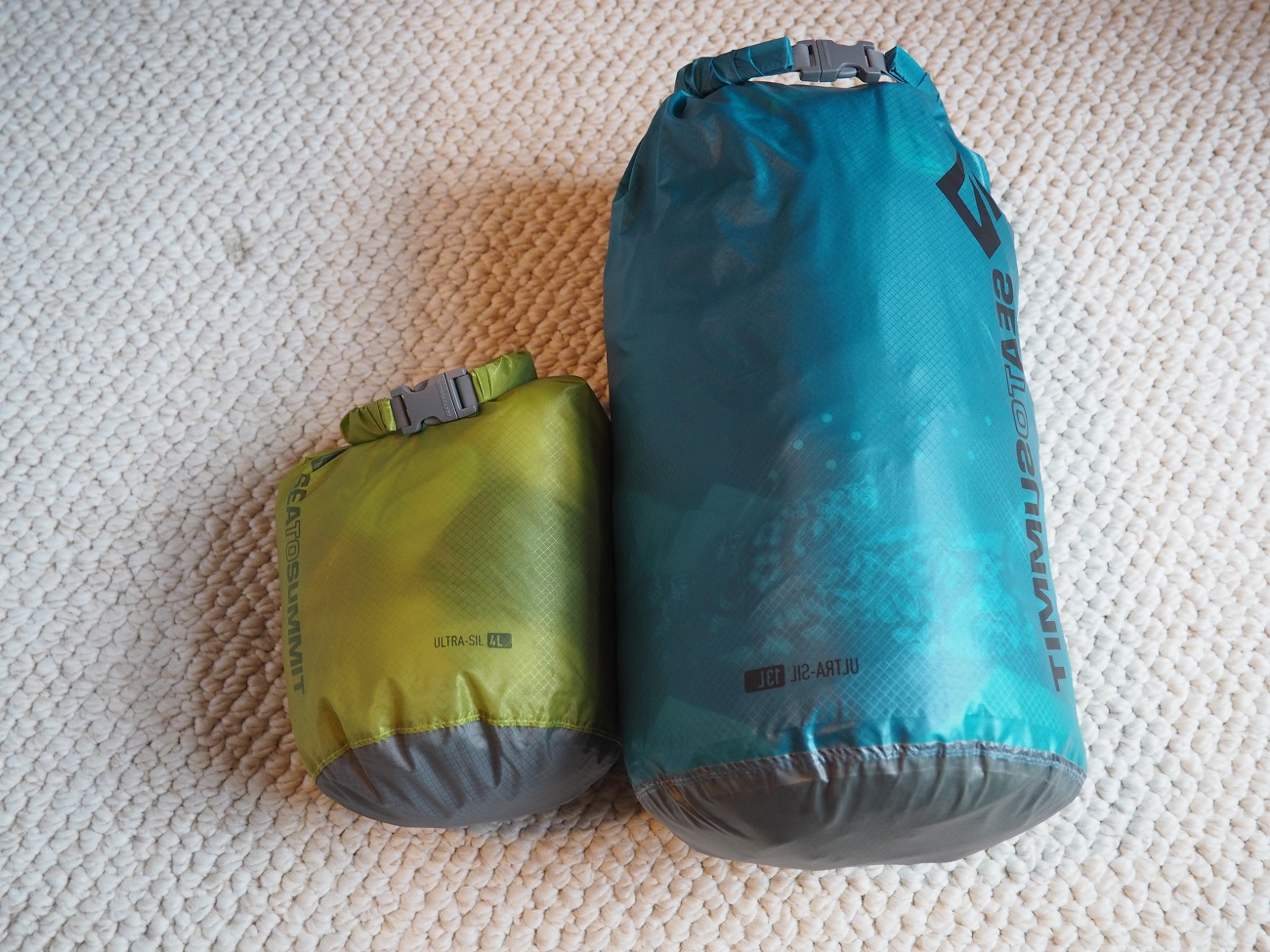 Clothes-bag.jpg