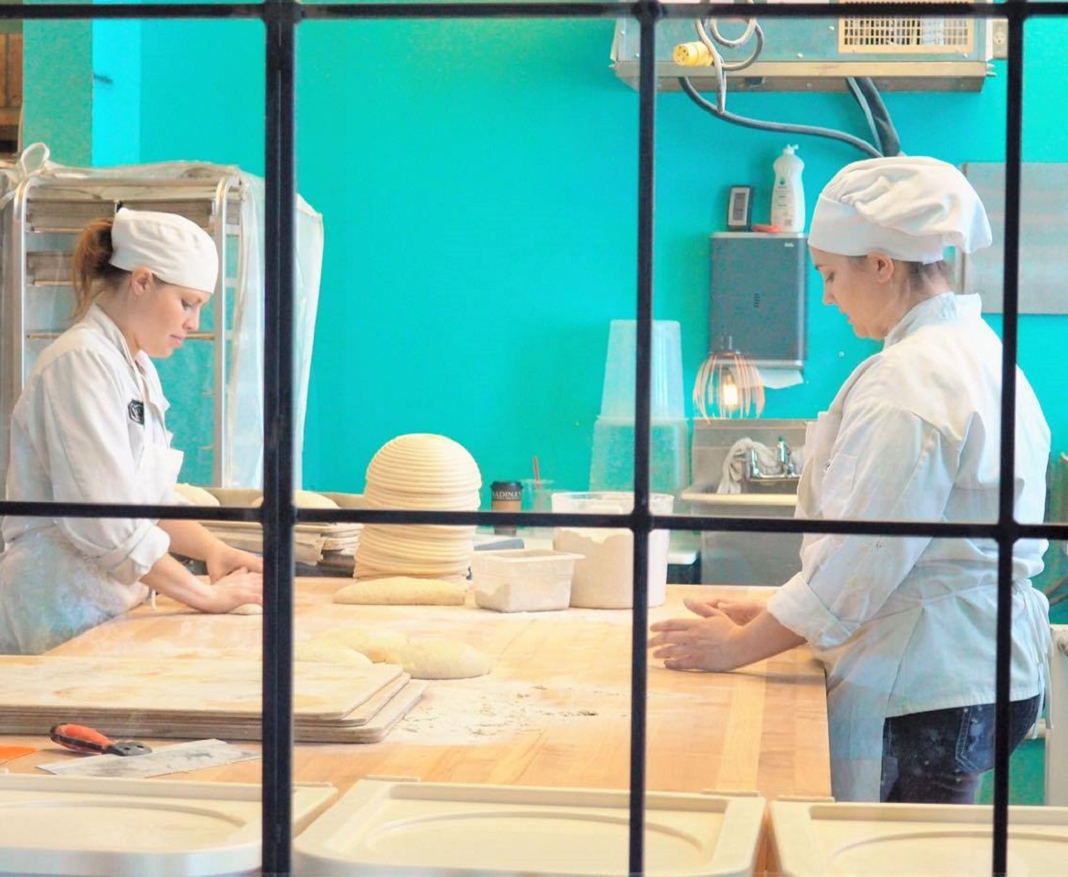 Pastry-Chefs-at-Radinas-Bakehouse-in-Manhattan-KS.jpg