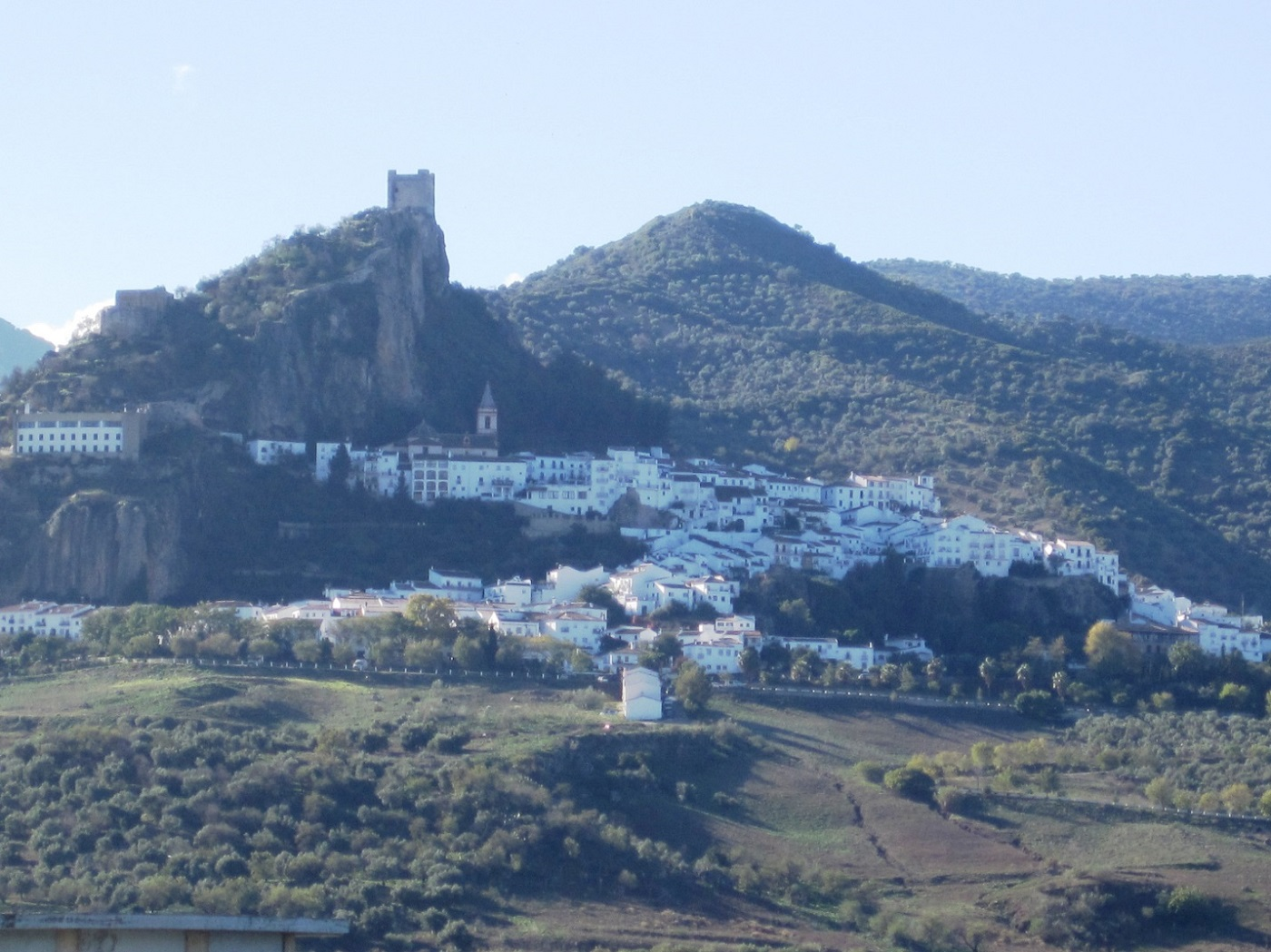 Zahara-de-la-Sierra-1.jpg