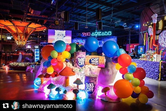 #Repost @shawnayamamoto ・・・ 3..2..1 #takeoff 🚨 We are loving these moments from @yrntakeoff 25th Surprise Party! Thinking he was showing up to rehearse for @bet but really he walked into this Willy Wonka meets @exoticpop Drank Factory🍭🥤🍬 Event Design: @shawnayamamoto @chelseasyandco { @nicolesyandco } | Production & Design: @thevanitygroup | Photographer: @dinadouglass  #surprisebirthday #25thbirthday #takeoff #takeoffdrankfactory #migos #shawnayamamoto #syandco #artinstallations #willywonka #exoticpop #rapsnacks #bar #barfacade #drippingwet #celebrityeventdesigner  #drippin #mushrooms🍄 #takeoff #thevanitygroup #rapper #betawards #cardib #offset #quavo #celebrityparties #instafamous #insiderlook #eventdesigner