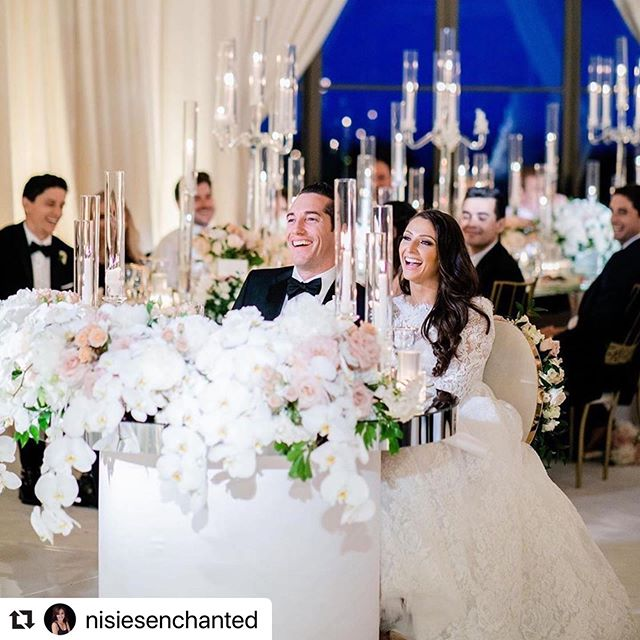 #Repost @nisiesenchanted with @make_repost ・・・ Make the sweetheart table or head table table a decor priority. So many photos are taken from this angle before the dancing begins @nisiesenchanted @revelryeventdesign @matiasdoorn @thenamelessproductions @pelicanhillweddings @beautybymelina 👰🏻 @em.kunnel @monicafurman4 📷 @the_grovers #repost @detailsjeannie #teamenchanted #pelicanhillwedding #nisiesenchantedteam