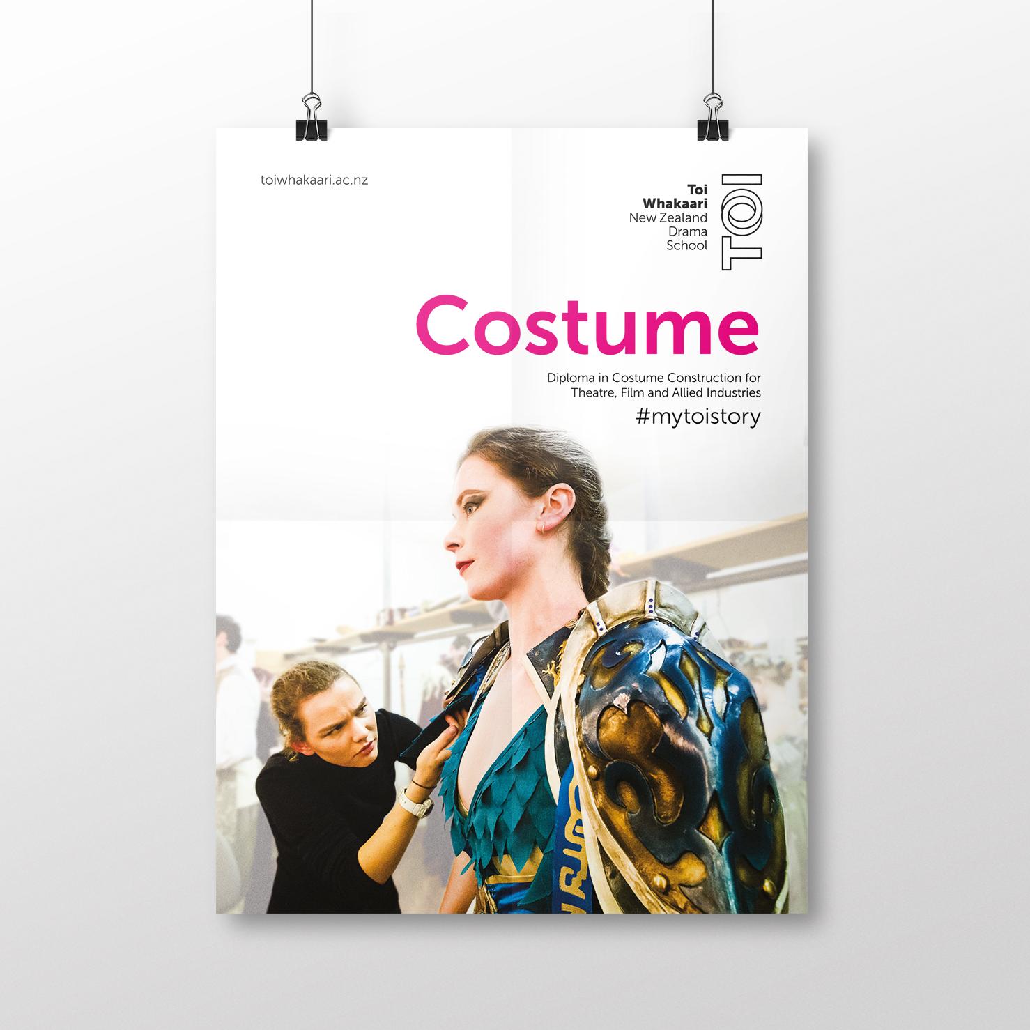Toi-Poster Costume-1.jpg