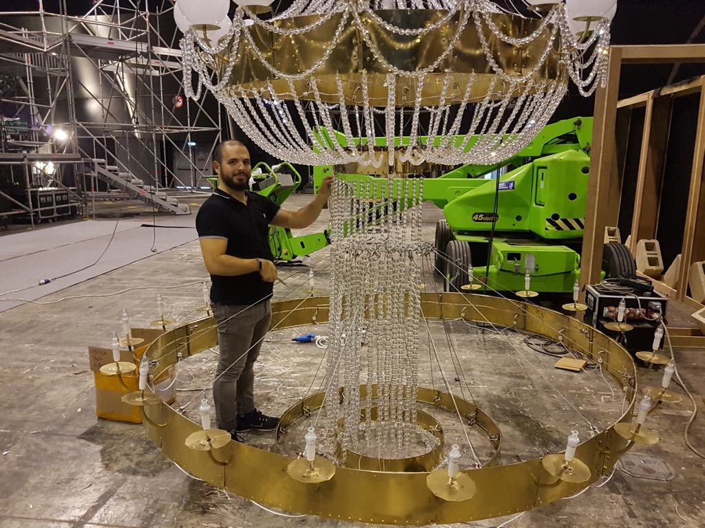 Attaching the third and largest ring