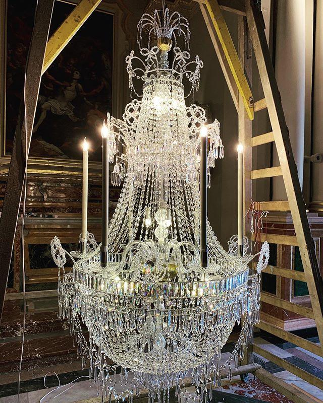 4th Restored Chandelier for the Parish of Naxxar. * * * * * * * * * #mmchandeliers #chandeliers #chandeliercleaning #chandelier #crystalchandelier #chandelierrestoration #antiquechandelier #naxxar #naxxar #naxxarparishchurch #naxxari_tramuntana