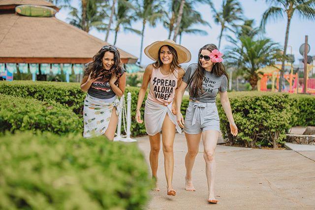 """Friendship is born at that moment when one person says to another, 'What! You too? I thought I was the only one."" – C.S. Lewis . . Travel dates Seattle & Vancouver-July 20-28  LA-October 7-11 . . #luckywelivehawaii #modelxphotographer #hawaiiphotographer #oahuphotographer #hawaiisunset #oahuhawaii #photographer #photooftheday  #hawaiiunchained #moodyports #hi #hawaii #genkiphotos #honolulu #venturehawaii #potd #ootd #xelfies #igoahu #hawaiistagram #genkimedia  #hawaiiviewventures #arsenic #bleachmyfilm #bleachfilm #pulsefilm #hawaiiheadshots"