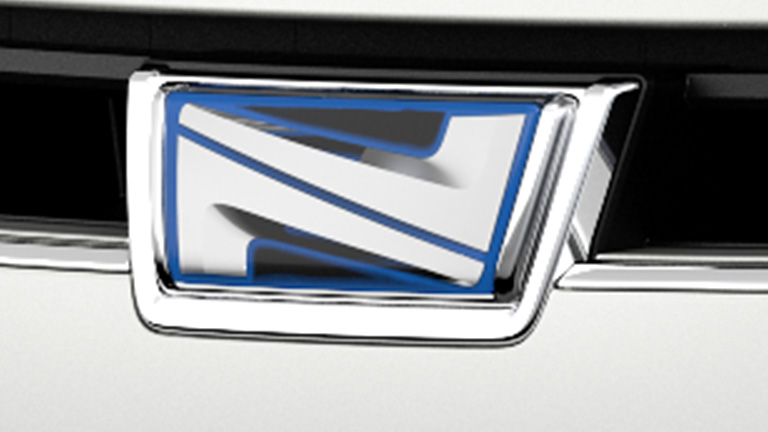 Individual Identity - With the unique symbol specially designed for Toyota Noah, an unmistakably appearance has been formed together with its distinctive coloured plated grille, that matches the colour of the body.