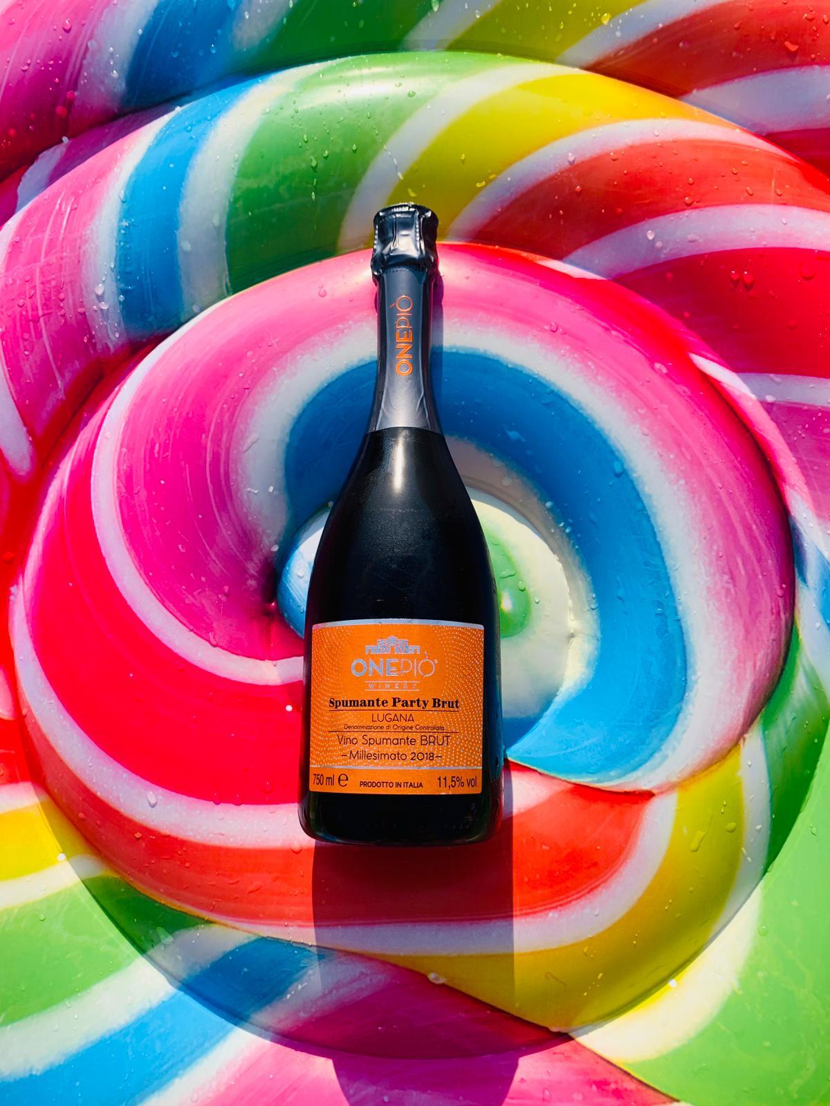 No Wine no Party! - You can find it at www.onepio.shop●●#onepio #onepiowinery #winery #partytime #summerparty #yellow #winelovers #workingteam #wineflower #whitewine #luganawine #lugana #gardalake #vino🍷 #sirmione #desenzano #vineyard #green #winetime #glassofwine #italianwine #ilariaaccordini #photographer
