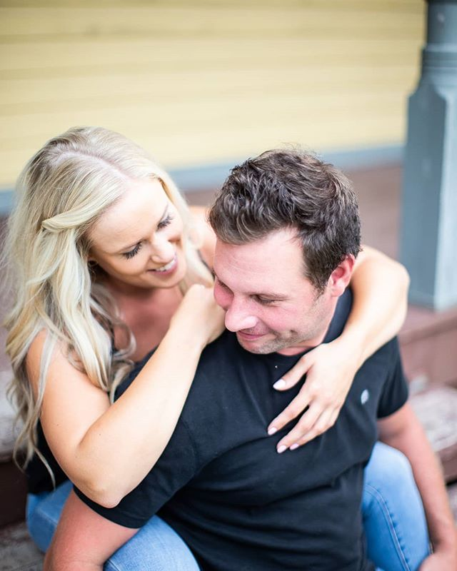 You don't have to be engaged to get some great photos of you and your partner together. I love doing couples sessions. . . . . . . . #Couplessessions #ottawacouplesphotographer #ottawaphotographer #ottawacouples#torontocouples #perthcouples #perthontario #perth #Perthweddingphotographer #Ottawaengagementsession #love #myottawa