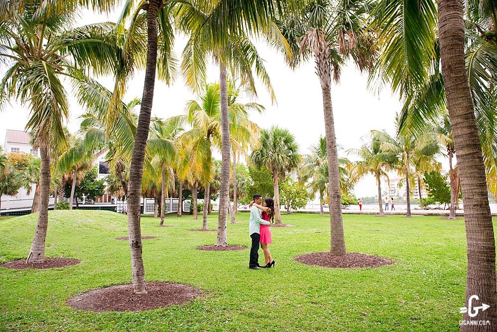 south-pointe-park-miami-engagement-photographer_0287.jpg