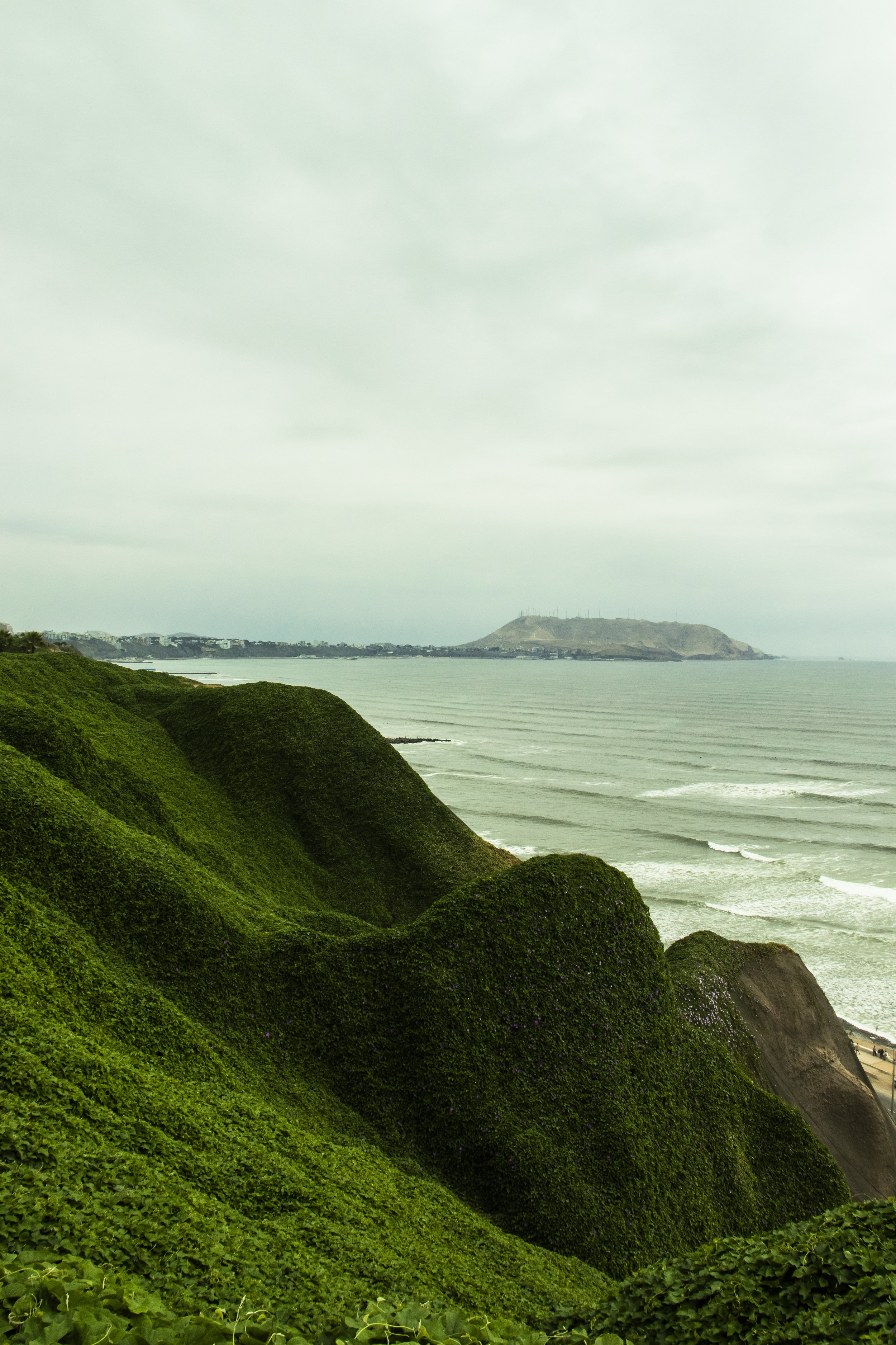 View from the top of the cliffs, overlooking the Pacific in Lima, Peru