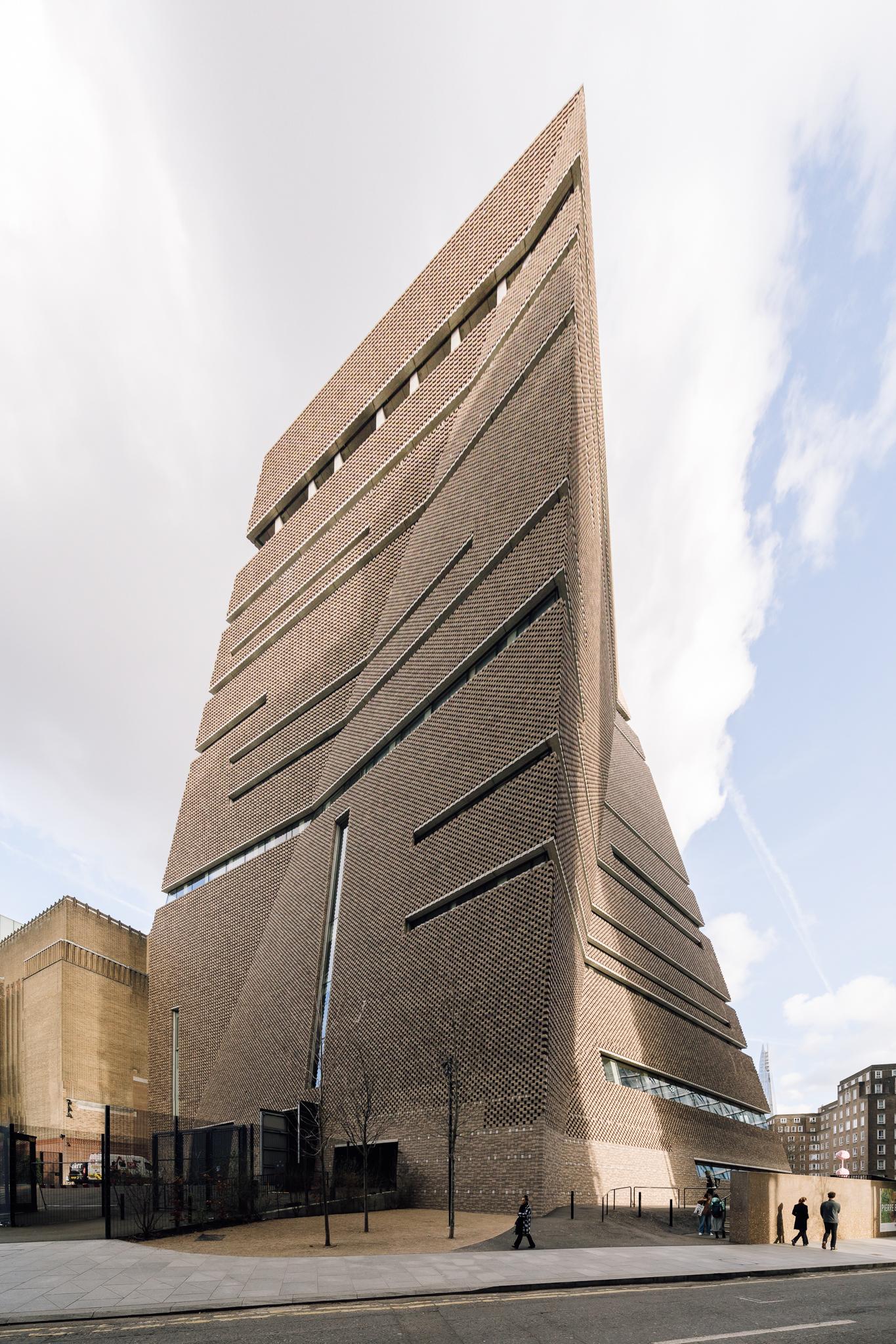 Tate Modern by Herzog & deMeuron
