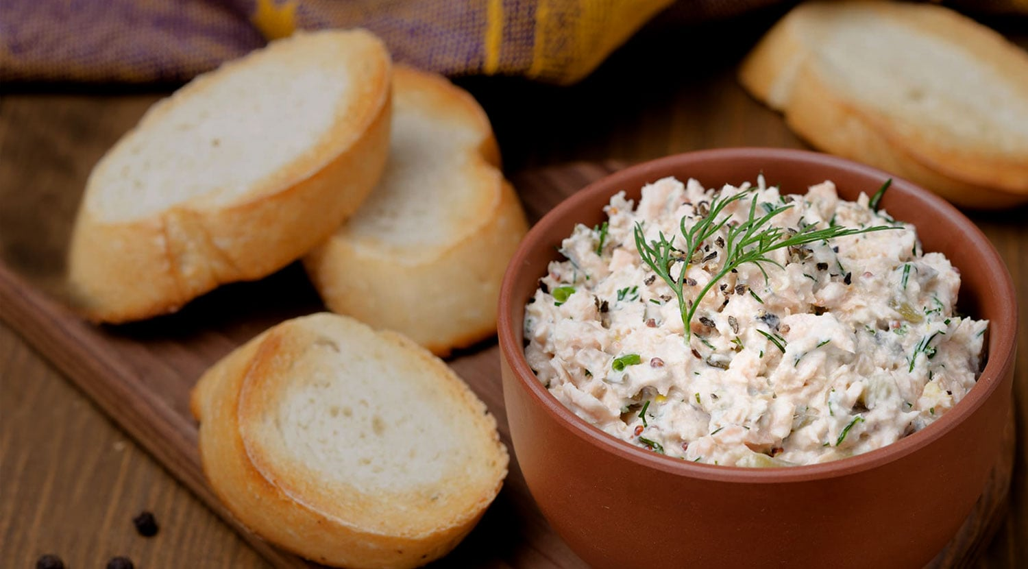 OUR ICONIC HOMEMADE FISH DIP