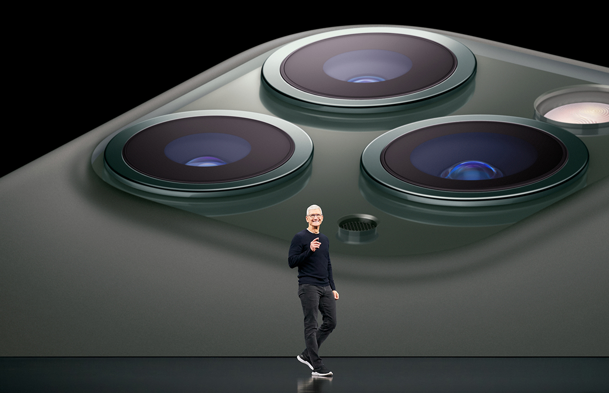 Apple_Keynote-Event_Tim-Cook_091019.jpg