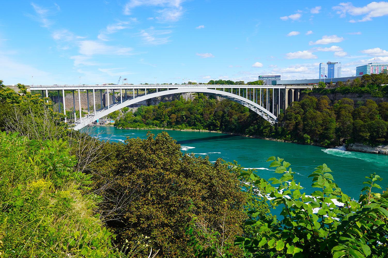 DSC01208_Niagara_Falls.jpg