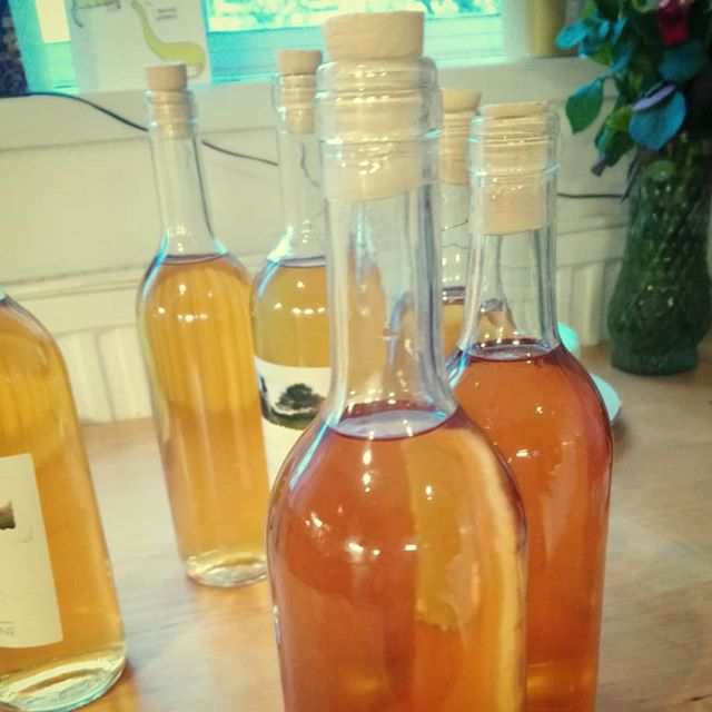Beautiful, clear, #homebrew #applewine that will now sit and mature for at least a year.  #patienceispowerful