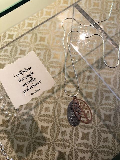 Kathy Bransfield_necklace 2.jpg