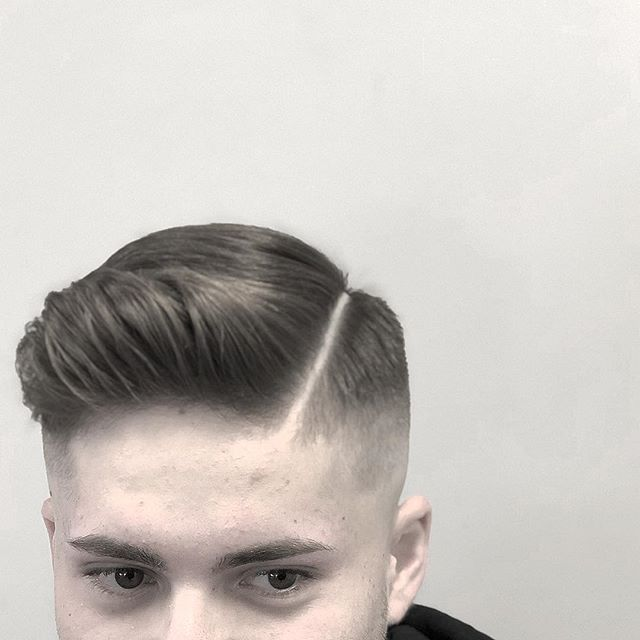 Appointments available next week, book your appointments online or call 203.942.2999!  #menshair #mensfashion #barbershop #salonformen #mensstyle #stylist #hairdresser #barber #barberlife