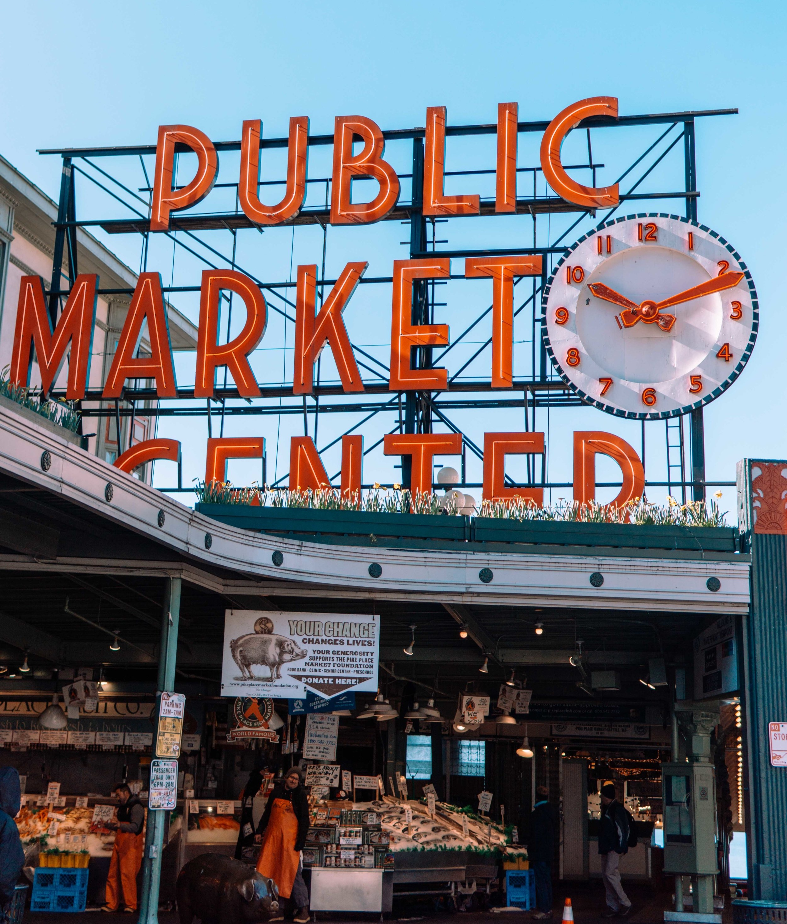 Traveling to Seattle? - I got you covered on the best places to see and the food spots you don't want to miss!