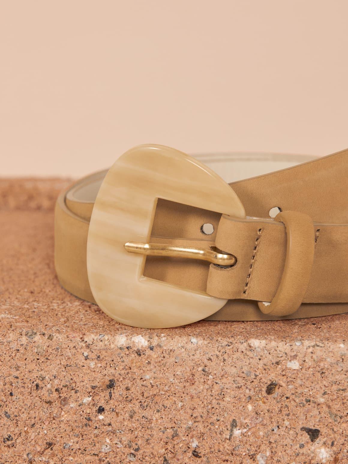 Reformation Belt Sustainable Fashion Fall