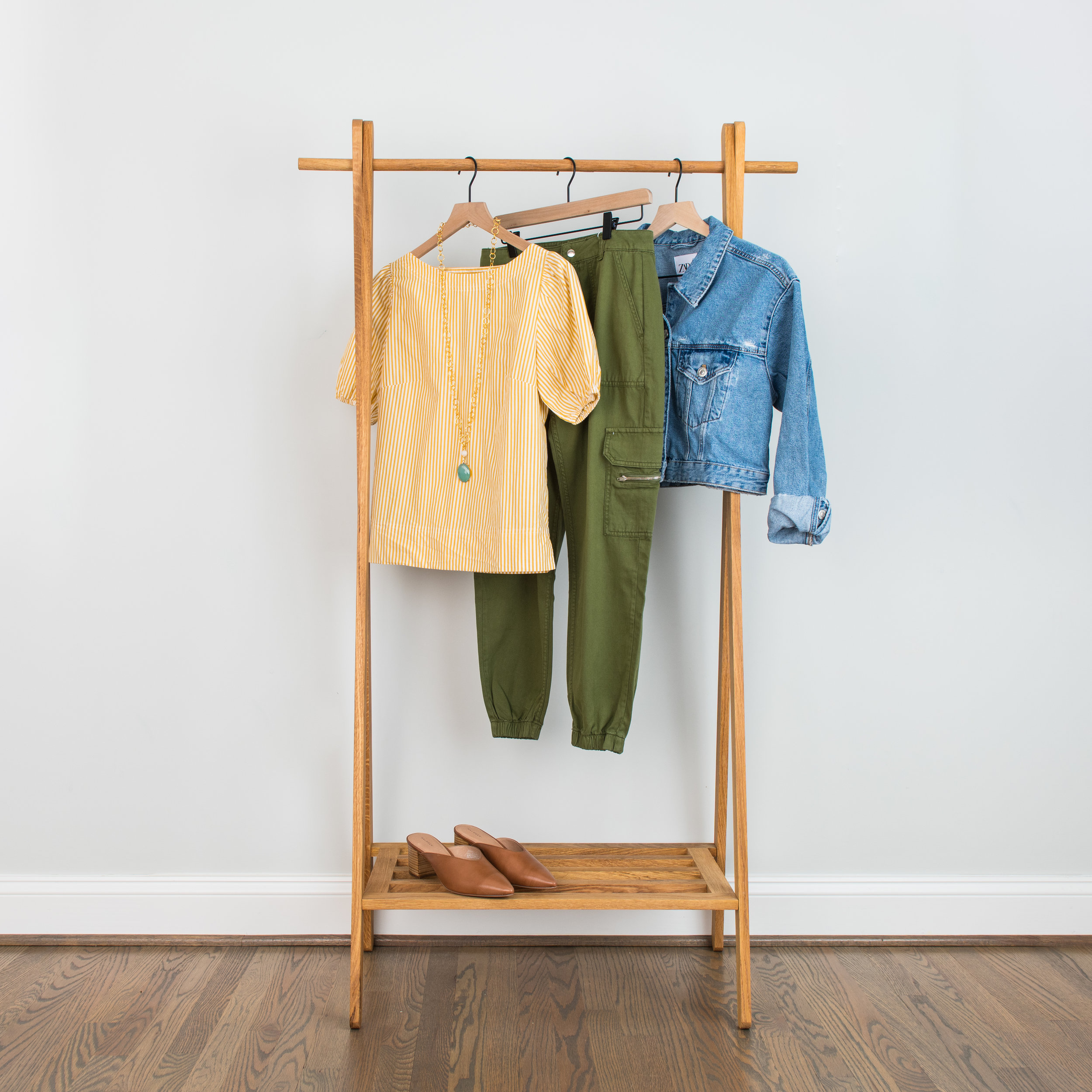 Shoulders Knees & Toes - This cargo pant look is perfect for dinner at a friend's house. The mule will give it a touch of style for any casual-ish event.Puffed Sleeve Blouse: 1 // 2 // 3Green Cargo Pants: 1 // 2 // 3Denim Jacket: 1 // 2 // 3Mules: 1 // 2 // 3Green Necklace: 1 // 2 // 3