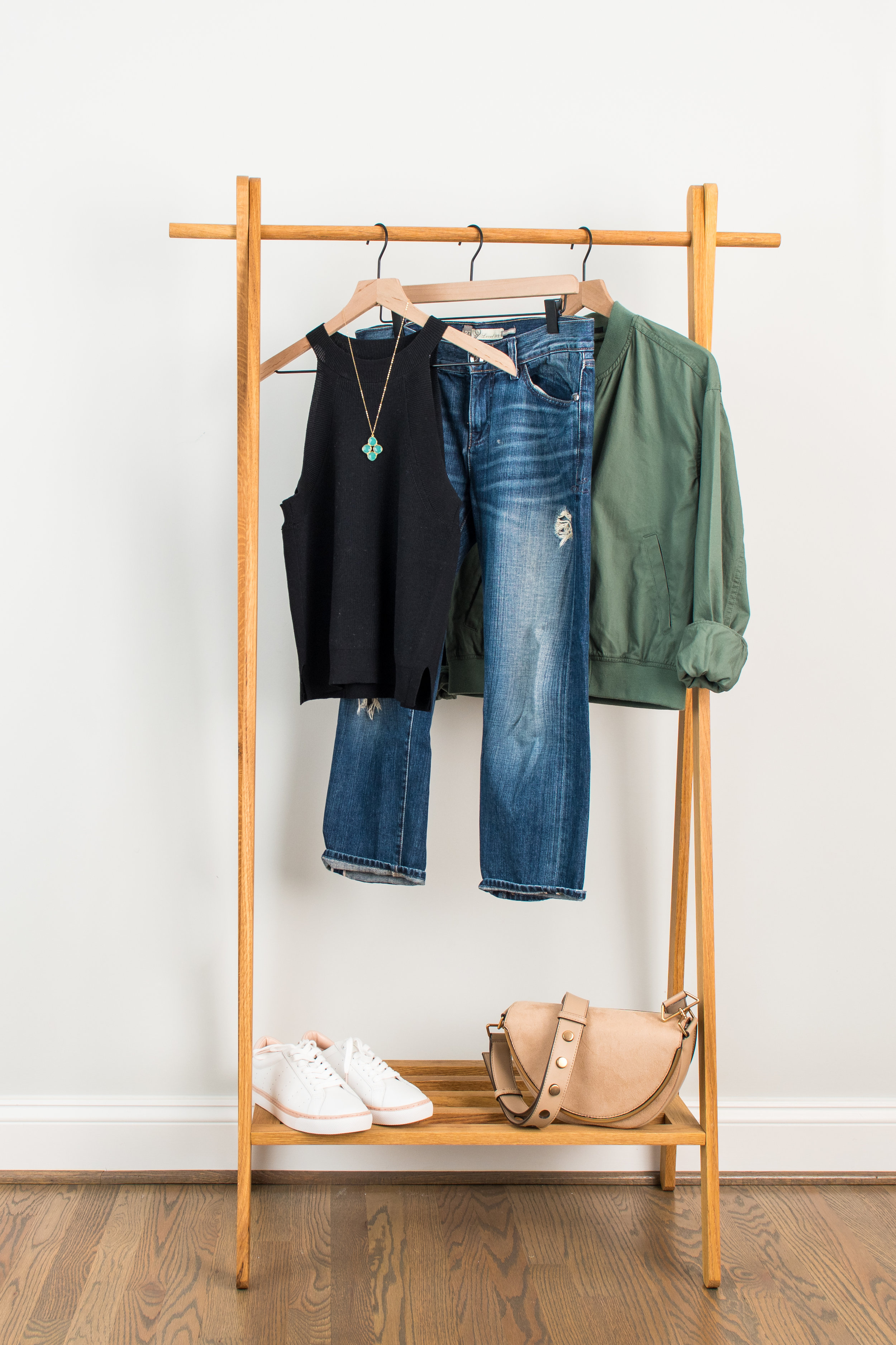 Keeping It Casual - Wear to: Sporting event or lunch with friendsKnit Tank: 1 // 2 // 3Distressed Jeans: 1 // 2 // 3Bomber Jacket: 1 // 2 // 3Sneakers: 1 // 2 // 3Necklace: 1 // 2 // 3Bag : 1 // 2 // 3