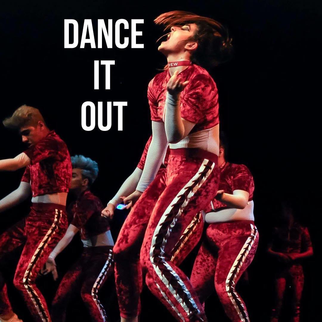 Slam Dancing Show Your Dance