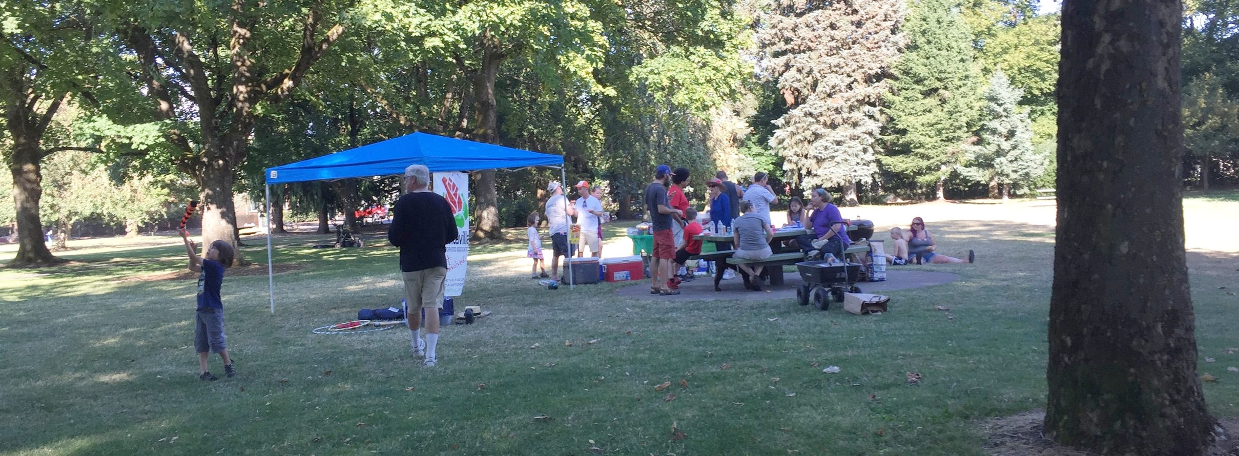 MNA Outreach and Communications Committee hosted MNA's National Night Out picnic in August 2018.