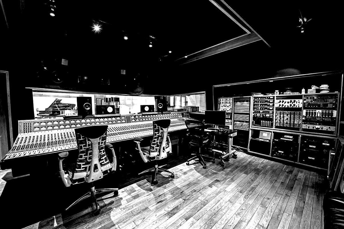 Mick Guzauski Maxine Ashley EastWest Studios -