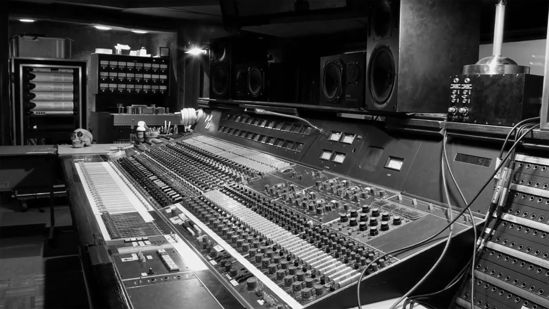Dweezil Zappa Sound City Studios -