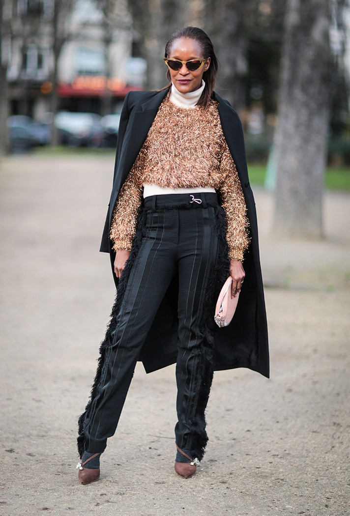 cropped-sweater-over-turtleneck-outfit-idea-street-style.jpg