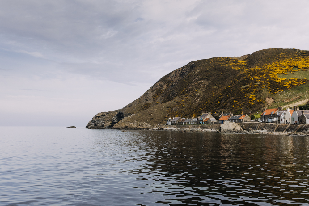 Crovie-Scotland-seaside-village_18.jpg