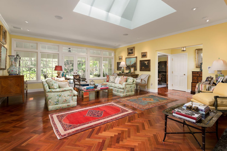 skylight-livingroom-chelsea.jpg