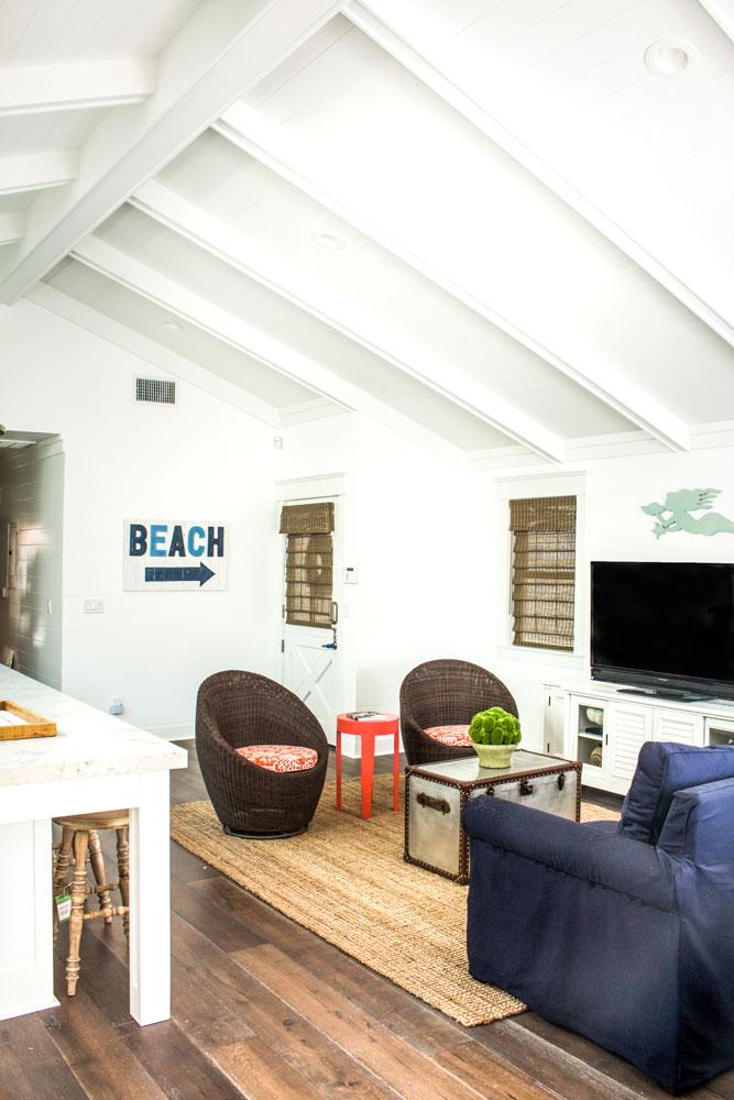 livingroom-chelsea-vaulted-ceiling.jpg