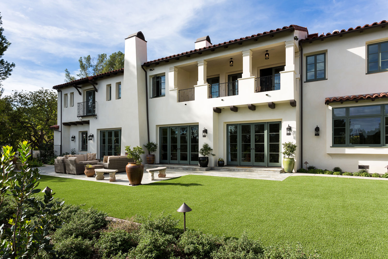 chelsea-backyard-spanish-style-lawn.jpg