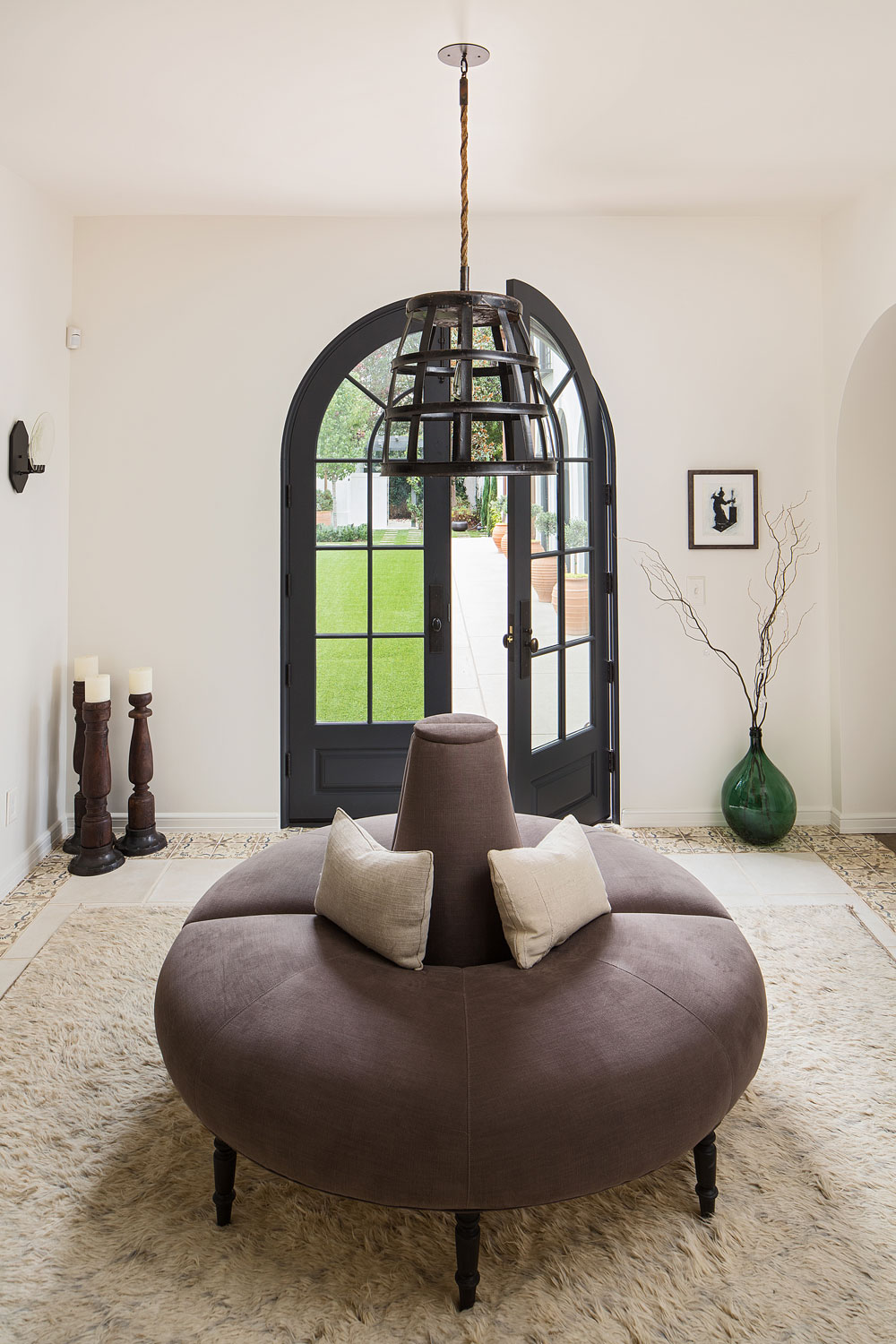 arched-doorway-foyer-spanish-style-chelsea-construction.jpg