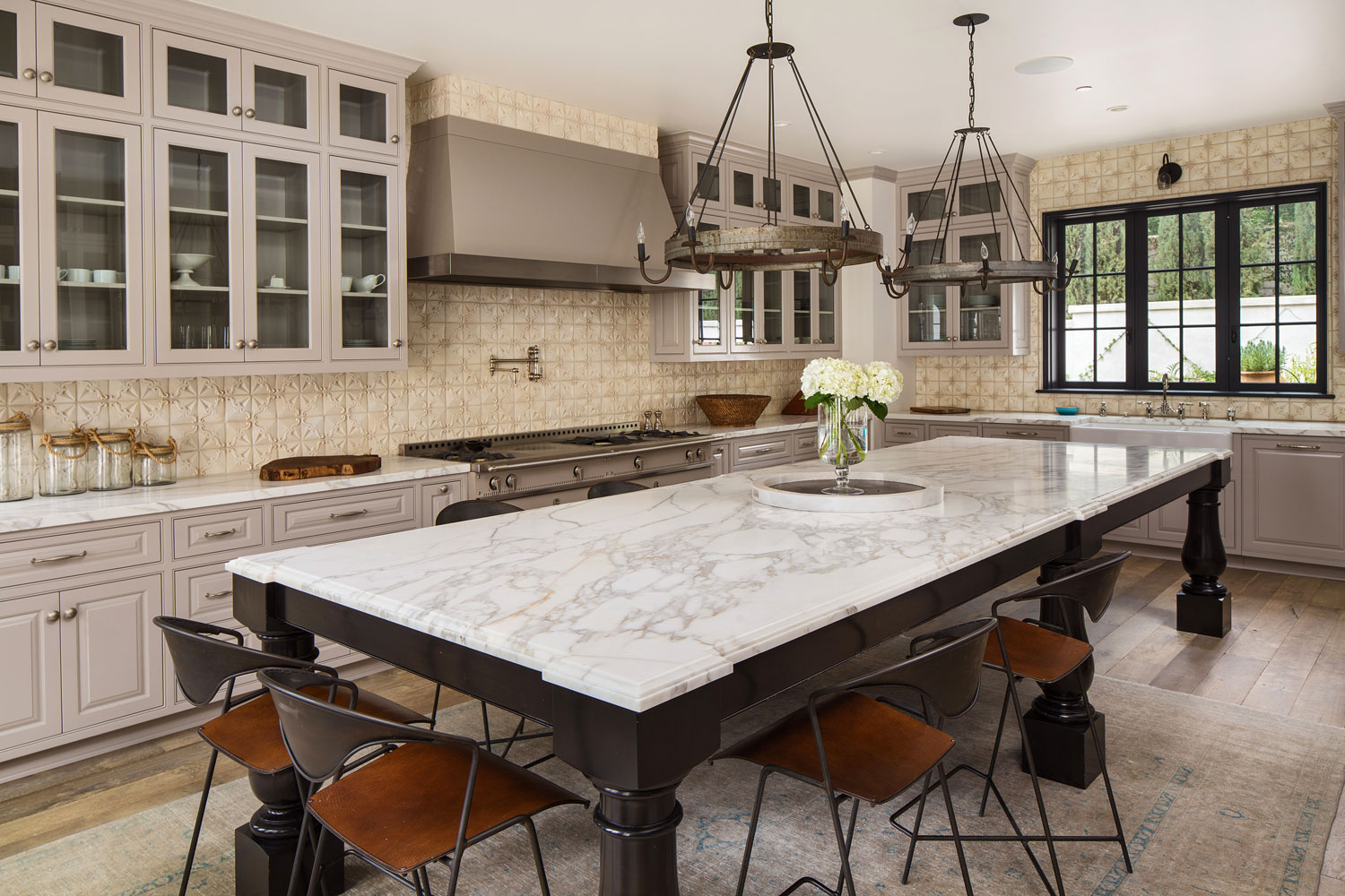 marble-top-kitchen-island-tile-backsplash-neutral-tones-chelsea-construction.jpg