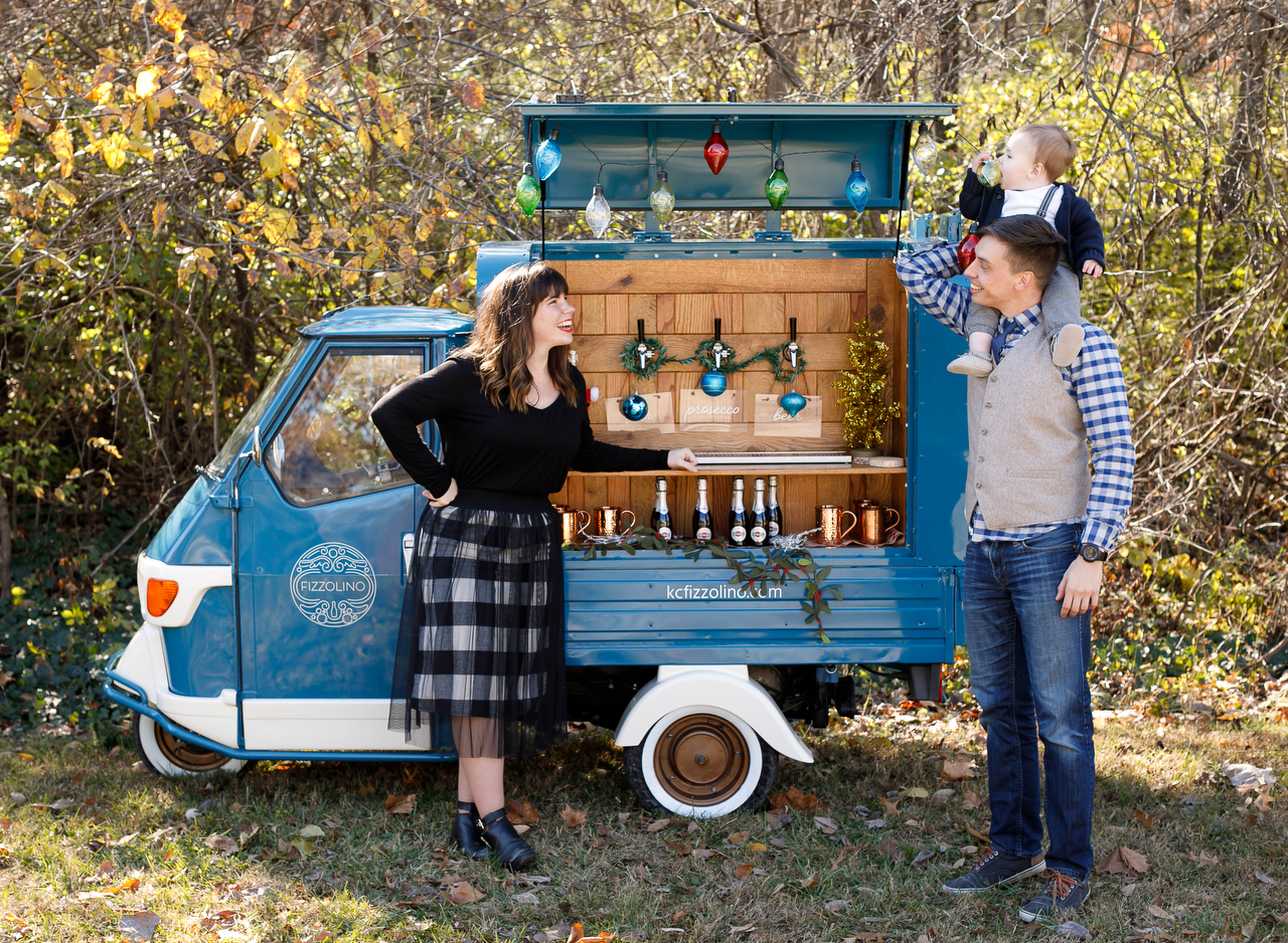 Fizzolino Prosecco Truck for Christmas in Northland Lifestyle