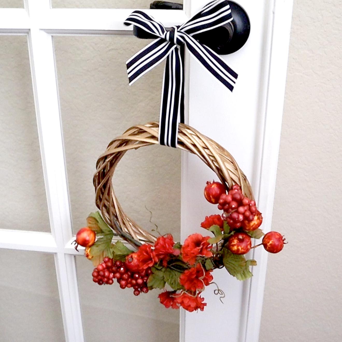 diy wreath with bow