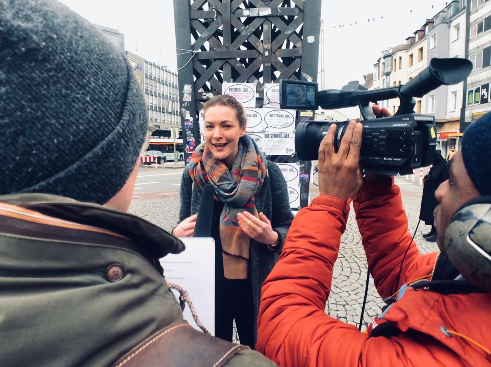 Dreharbeiten von Kanal 21 zum Internationalen Frauentag