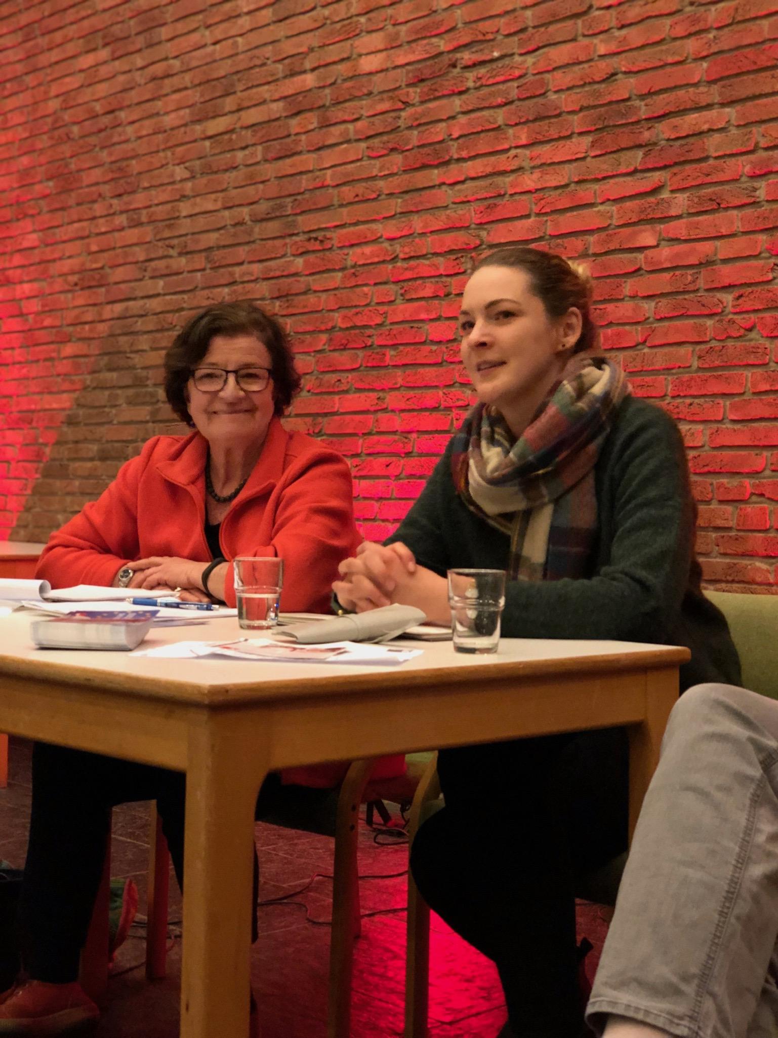Gesprächsrunde in Jöllenbeck