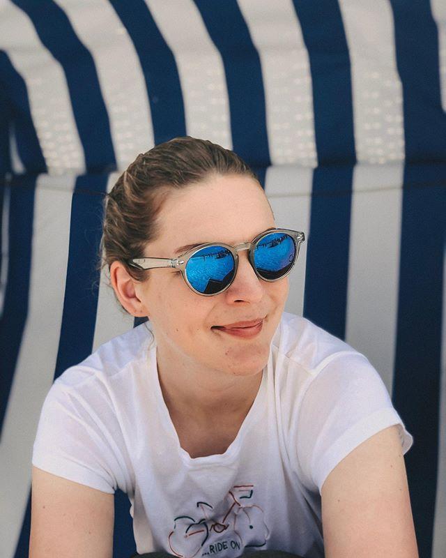 Hi vom Strand🏖! Genießt die freien Tage! . . . #strandkorb #urlaub #sonneimherzen #liebefeld #bielefeld