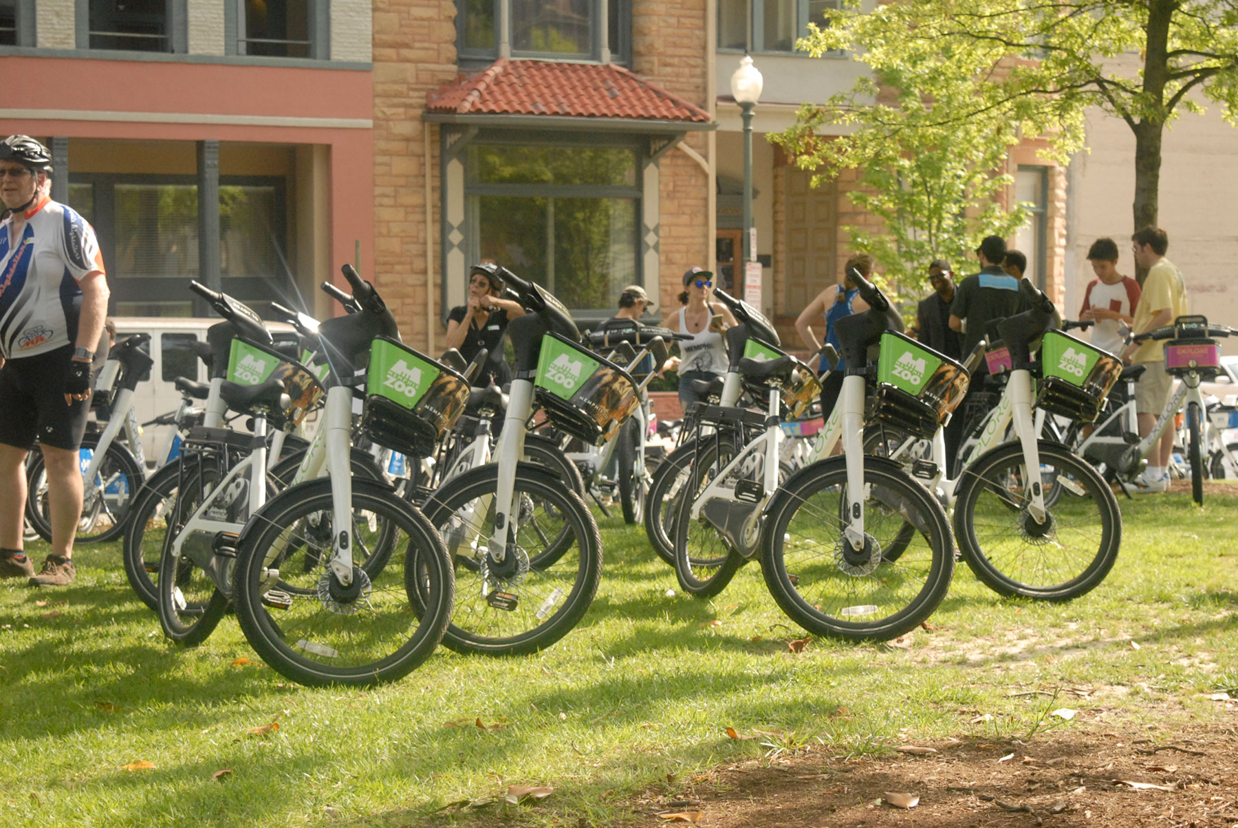 Explore-Bike-Share_Bike-Wrap_Memphis-Zoo_GraphicWrap_LSIGraphics_Memphis-TN ..