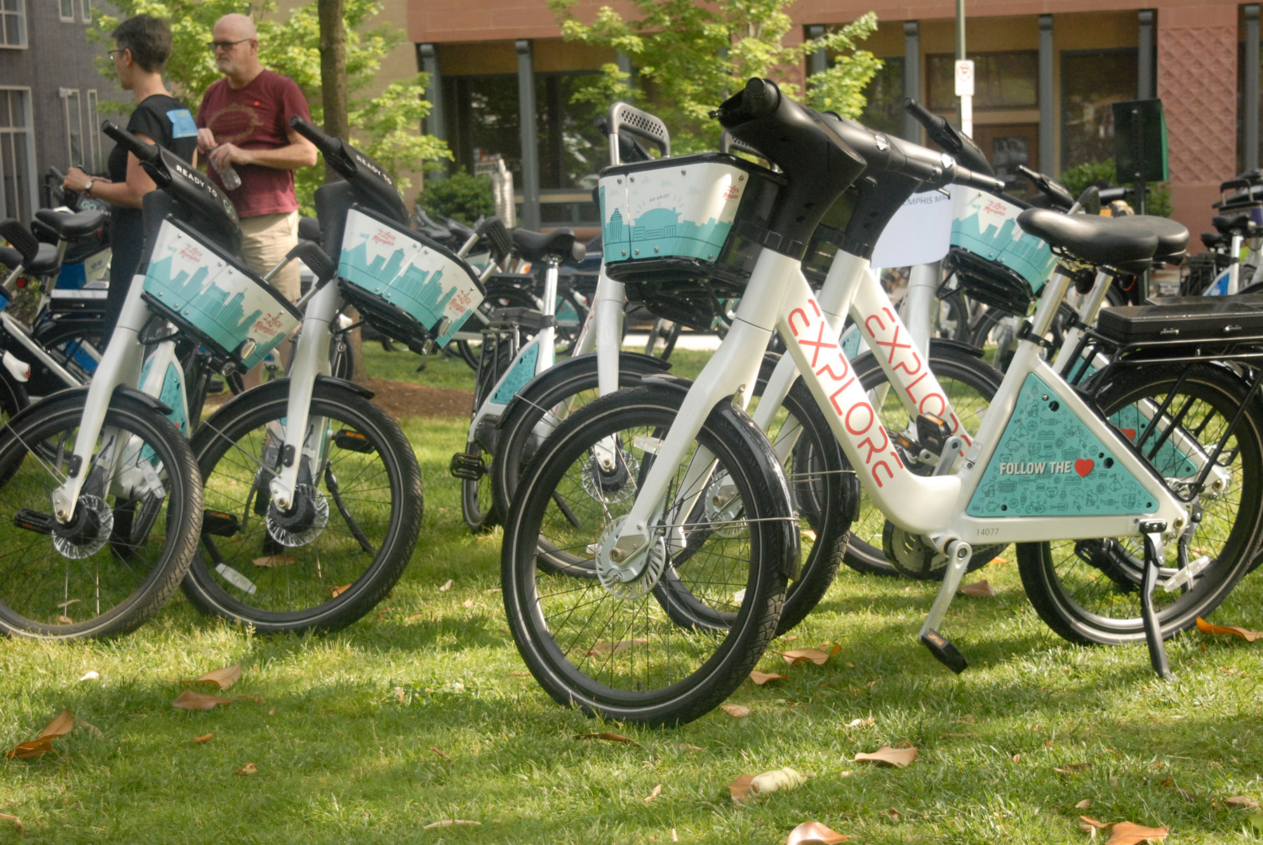 Explore-Bike-Share_Bike-Wrap_Memphis-Zoo_GraphicWrap_LSIGraphics_Memphis-TN_2 ..