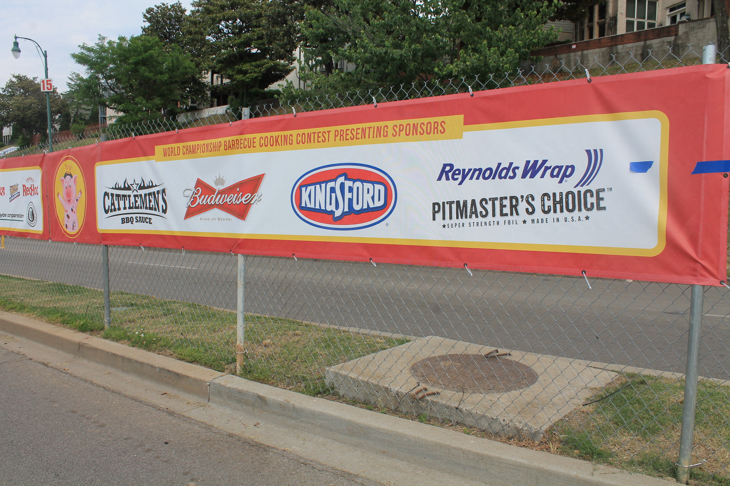 Memphis-In-May-International-Festival_Fence-Mesh-Banners_LSIGraphics_Memphis-TN ..