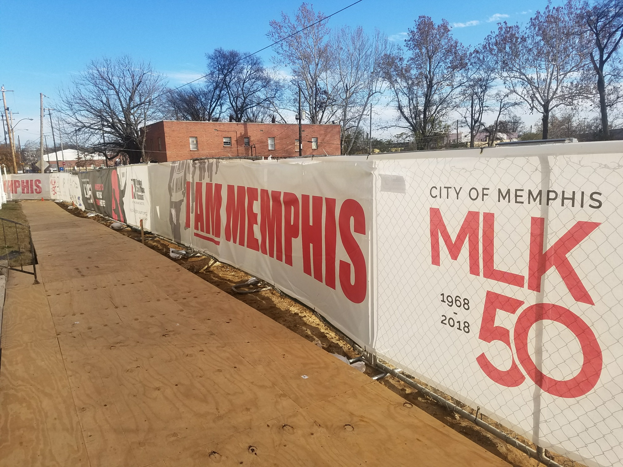 Martin-Luther-King-50Year-Memorial_Fence-Mesh-Banner_LSIGraphics_Memphis-TN ..