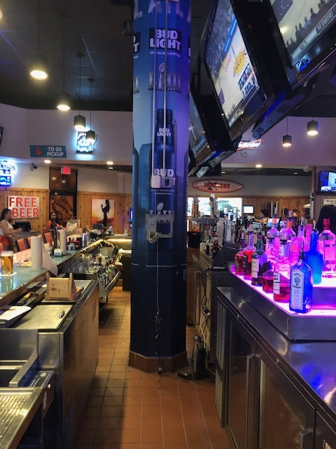 Anheuser-Busch-Super-Bowl-LIII_Hooters-Restaurant_Pole-Graphics_Events_LSIGraphics_Atlanta-GA_3 ..
